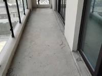 金瓯徽府五中学区,边套电梯黄金楼层,142平,毛坯,大4房。