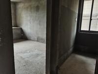 出售银河湾纯毛坯3室2厅1卫121平米122万住宅
