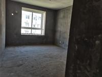 出售长宏 御泉湾架空一楼带大院子3室2厅1卫107平米130万住宅