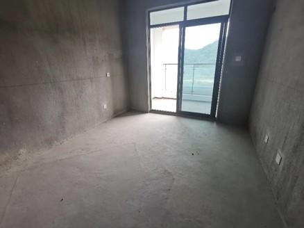 新安印象 城东高端小区 电梯中高层一线江景大三室 西边套 南北通透 采光好江景美