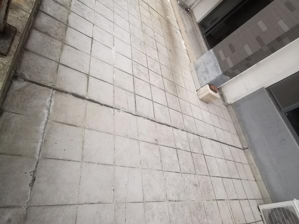 急卖栢景雅居3房简装当毛坯卖,带超大露台,108平157万,捡漏的快来