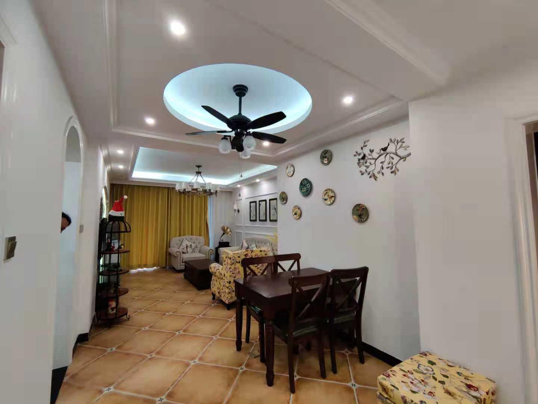 出租栢景雅居3室2厅1卫103平米2800元/月住宅