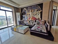 江南新城北3室2厅2卫137平米精装183万送车库