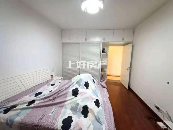 出租长运家园南苑3室2厅2卫家具家电齐全拎包入住 中间楼层