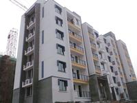 四中、依云红郡、三个大阳台、小区中间位置、户型非常方正、有钥匙随时看房!!!